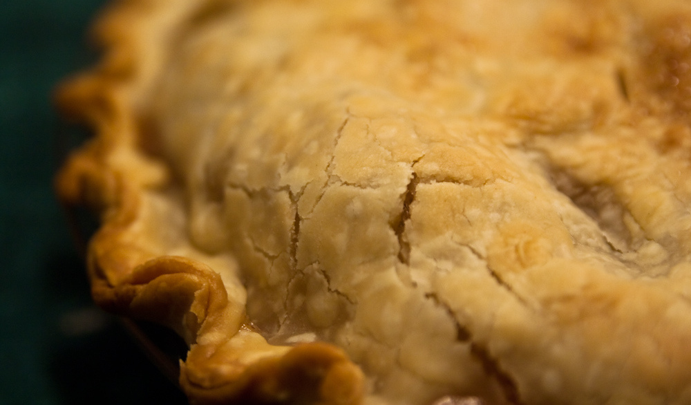 Crust of an apple pie. Photo by Steven DePolo/flickr/CC BY 2.0