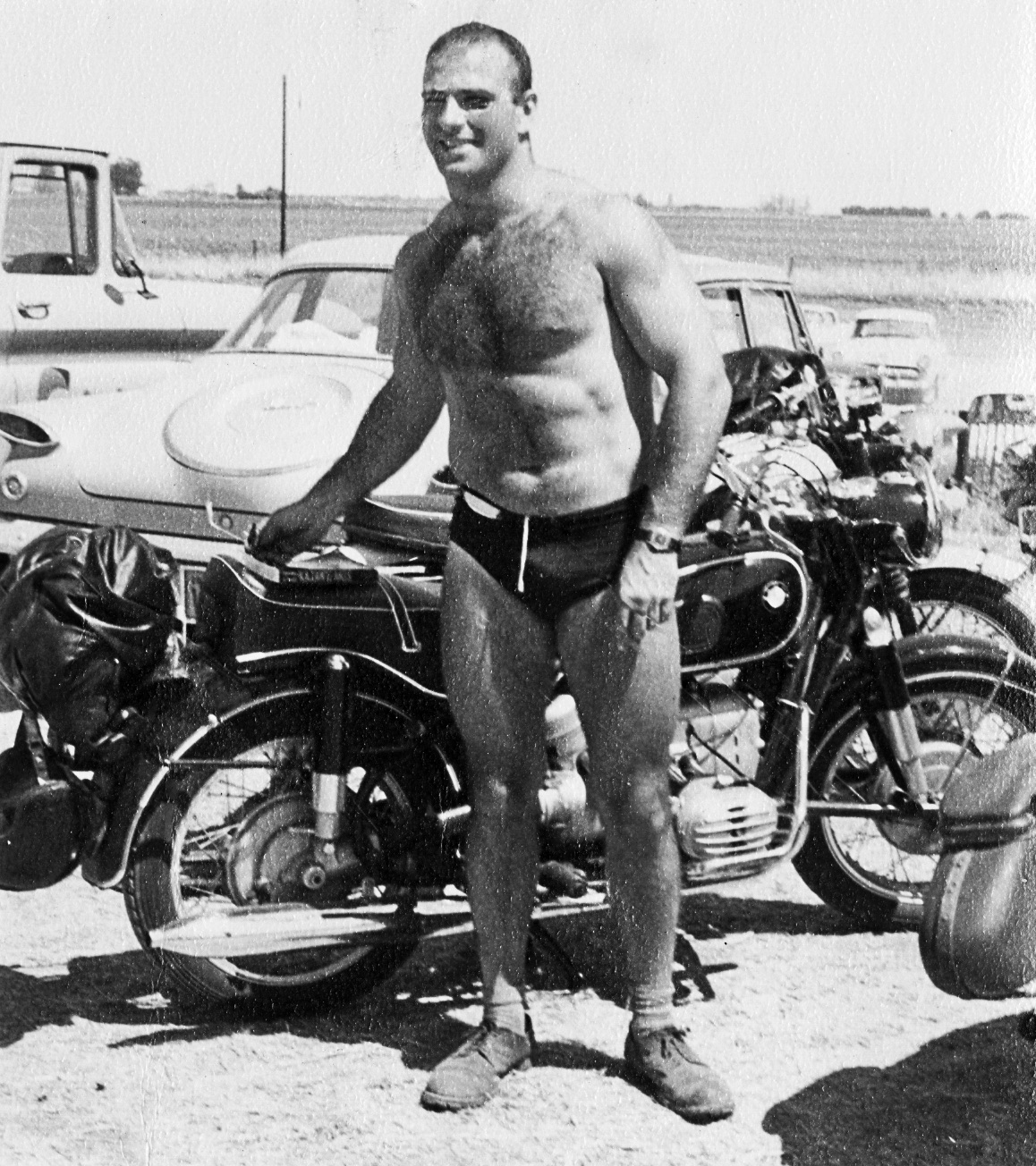 A muscled Sacks and his beloved BMW motorbike at Muscle Beach. Photo courtesy of the Oliver Sacks Foundation.
