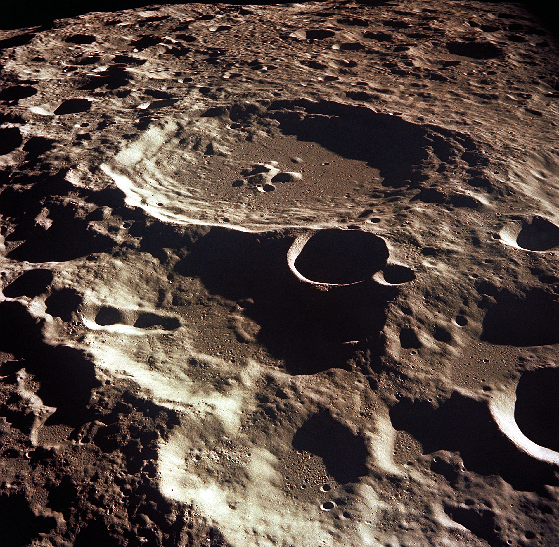 Crater Daedalus on the moon. Credit: NASA