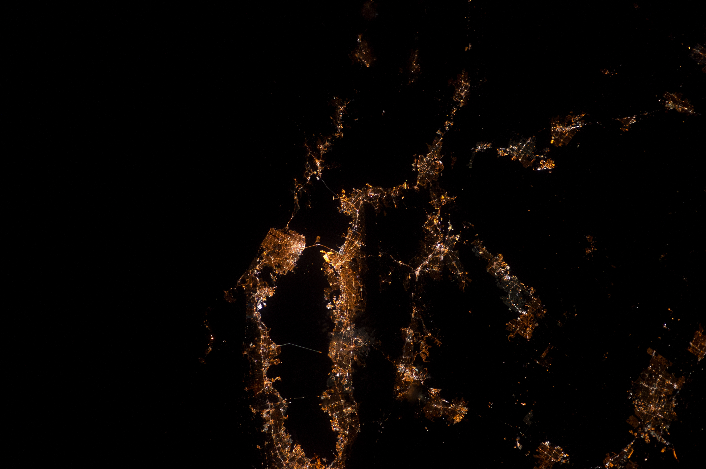 The San Francisco Bay Area seen at night. Credit: Donald Pettit/NASA