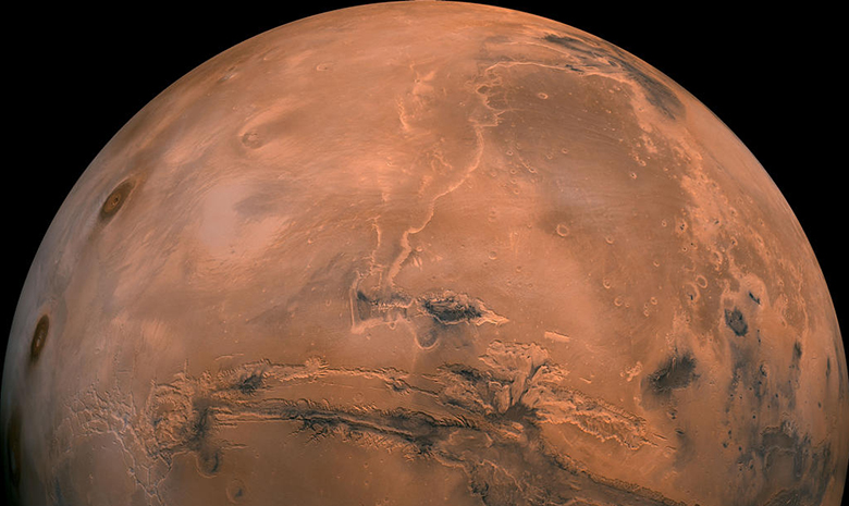 A stitched together view of Mars from 2500 kilometers away. Credit: NASA/JPL-Caltech