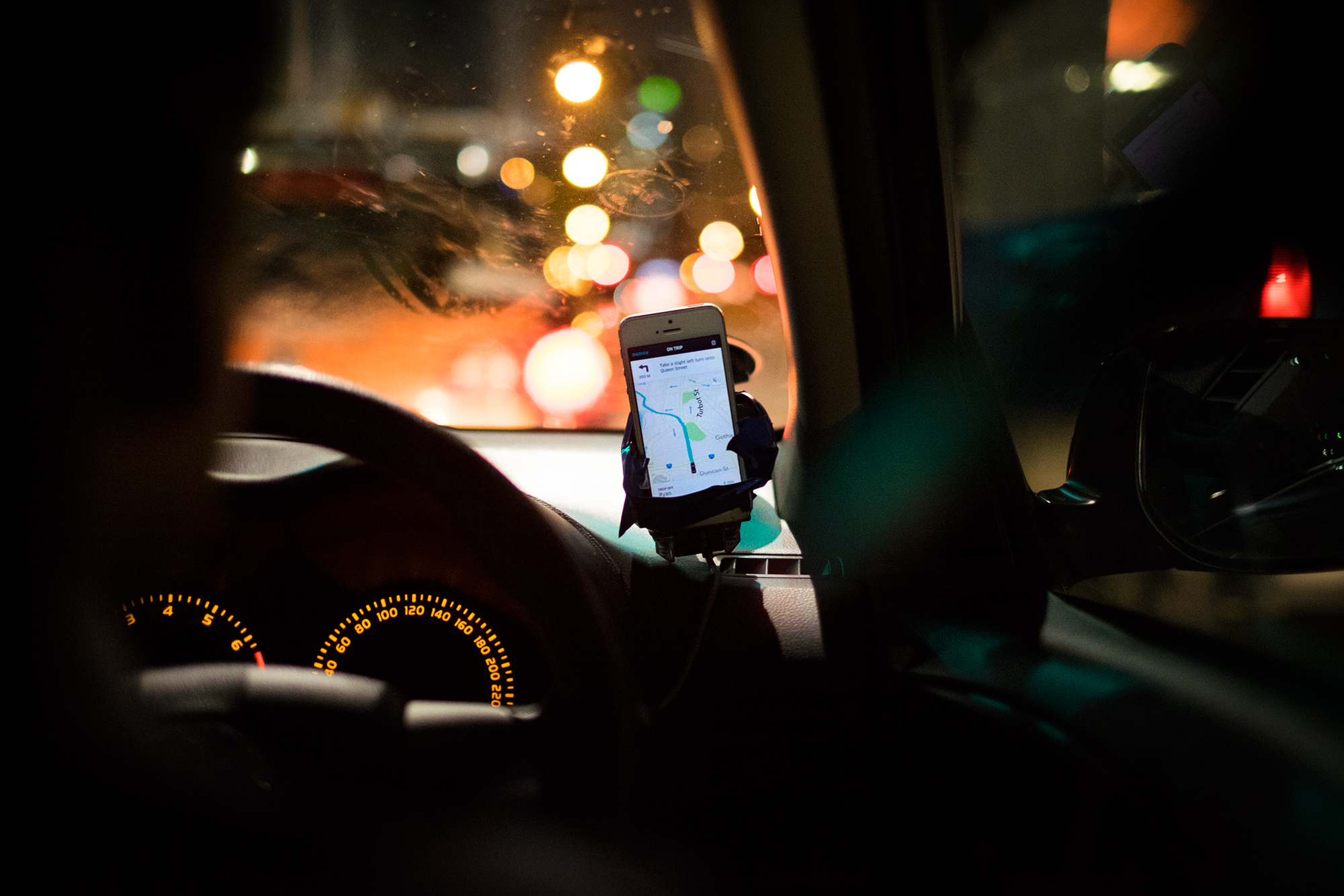 A driver using Uber. Photo by noeltock/flickr/CC BY-NC 2.0