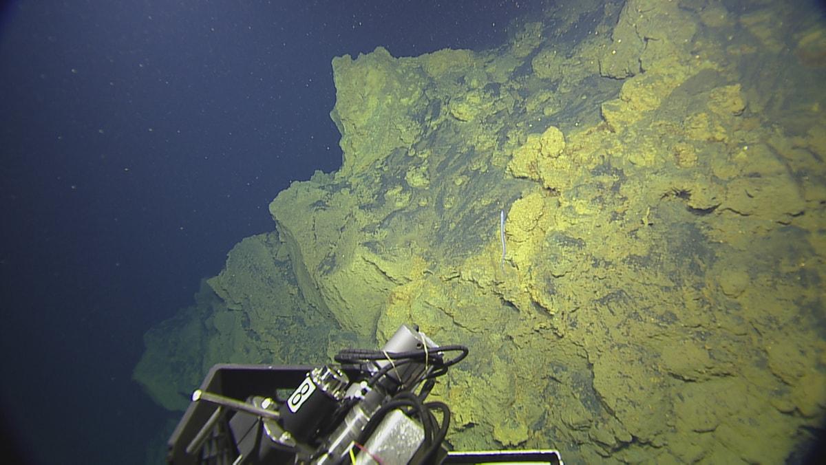 SUBSEA mission overlooking the undersea volcano