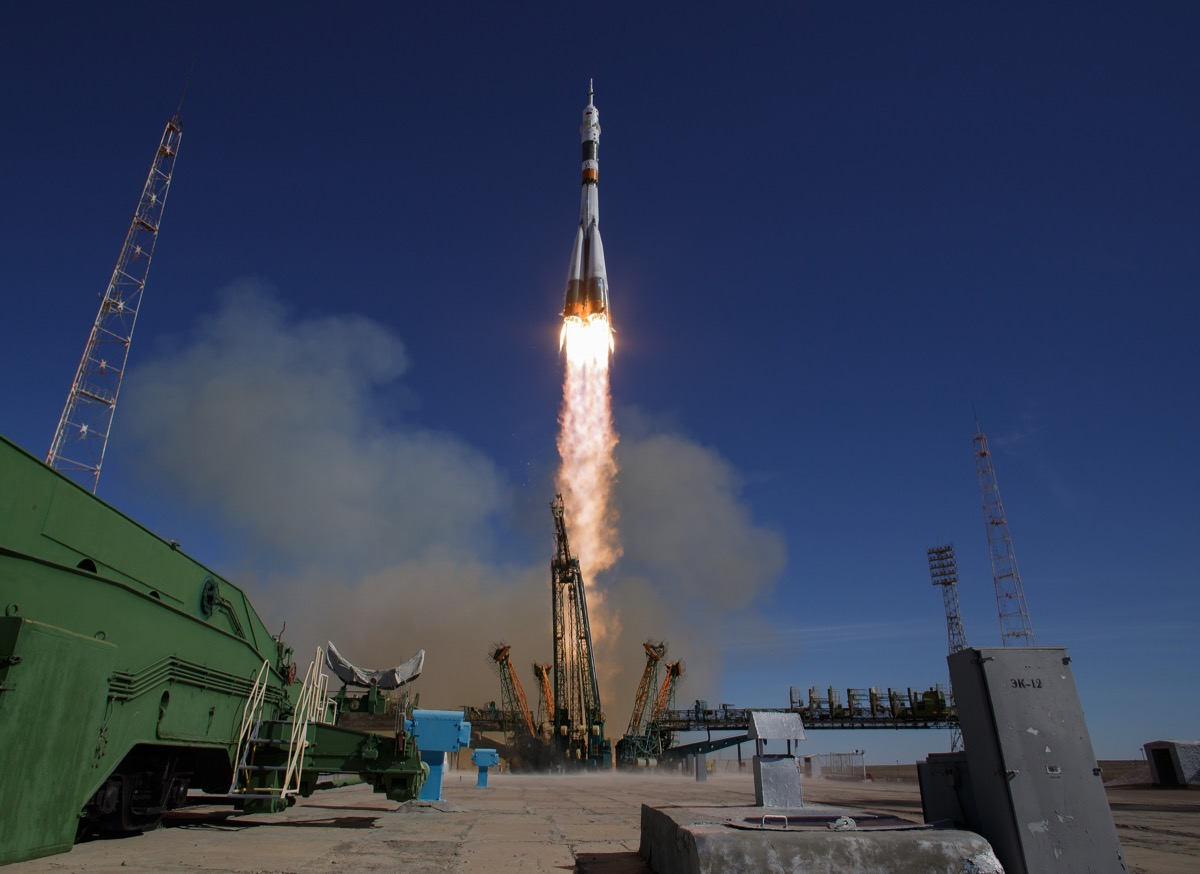 Soyuz rocket taking off right before accident